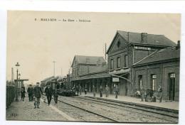 CPA  59  :  HALLUIN   Intérieur De La Gare Animé    A  VOIR  !!!!!!! - France