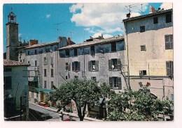 >> 83  - LA CADIERE : Le Vieux Village Provençal Avec Son Clocher - - France