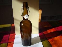 """Rare Bouteille De Bière De La Brasserie """" Herb  """" De   Saint-Claude  Dans Le Jura ( Fermée Depuis La Guerre De 1914 ) - Birra"""