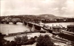 RP: MARGARET'S BRIDGE (PONT MARGUERITE), BUDAPEST, HUNGARY ~ ANIMATED WITH TRAM - Hungary