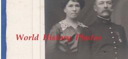 Photo Ancienne  Vers 1900 - LE MANS - Portrait D'un Officier Du 44e Régiment & Sa Femme - Famille Thouverey ? Lire Verso - Guerre, Militaire