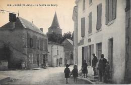 Néré - Le Centre Du Bourg Animée - Frankreich