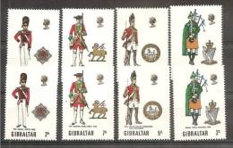 1970 Gibilterra Gibraltar UNIFORMI II  UNIFORMS II 2 Serie: 232/35 MNH** - Costumi