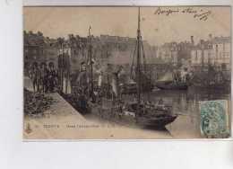 DIEPPE - Dans L'avant Port - Très Bon état - Dieppe