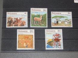 Botswana - 1976 Independence MNH__(TH-2878) - Botswana (1966-...)