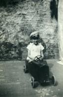 France Lille Jeux De L'Enfance Voiture A Pedale Ancienne Photo Snapshot Amateur 1945 - Anonymous Persons
