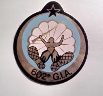 Autocollant 602 G.I.A    Ecusson  Compagnie Parachutiste   Groupes D'Infanterie De L'Air - Militaria