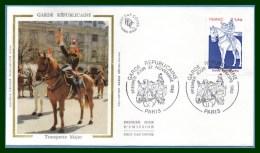FDC Silk Soie Garde Républicaine Paris 1980 N° 1219 Trompette Major Cheval Horse - FDC
