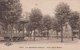 D 58 - LA MACHINE - Place De La Mairie - Oblitération Sur Timbre 50c Y&T 257 - La Machine