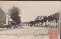 CPA:La Roche-sur-Yon:Avenue Gambetta:Attelage - La Roche Sur Yon