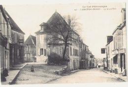 (soucis Scan) LA BASTIDE MURAT  La Grande Rue TTB écrite - Autres Communes