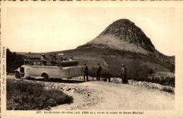 07 / Ardèche - Le Gerbier Des Joncs Vu De La Route De Saint-Martial / Autobus - Chemin De Fer PLM - Autres Communes
