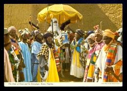 The Emir Of Kano And His Entourage, Kano, Nigeria / Postcard Not Circulated - Nigeria
