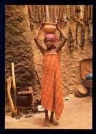 Kano - A Young Girl Trader / Postcard Not Circulated - Nigeria