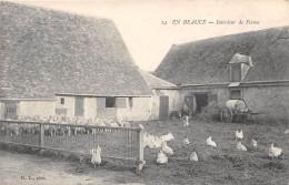 CPA 28 EN BEAUCE INTERIEUR DE FERME - Autres Communes