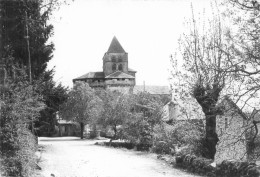 Boussac - L 'église Fortifiée       M264 - Autres Communes