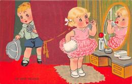 "KITTY . Série "" -"" Un Petit Raccord  "" Maquillage  .. 1934 - Ilustradores & Fotógrafos"