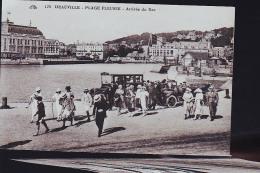 DEAUVILLE PLAGE FLEURIE - Deauville