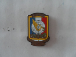 N° 652 : PIN´S4eme COMPAGNIE DES TRANSMISSIONS - Militaria