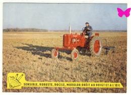 Tracteur FARMALL F 235 - Mc CORMICK INTERNATIONAL - Tractors