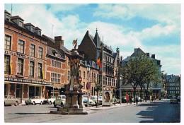 CPM : NAMUR - Place De L' Ange , Aux Halles Centrales , Seigneurie D'Harscamp Et Au Bon Marché, Affiche Eddy Mitchell ? - Namur