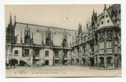 FRANCE- Carte Postale De La Cour Du Palais De Justice De ROUEN (76) De 1912 - Castles