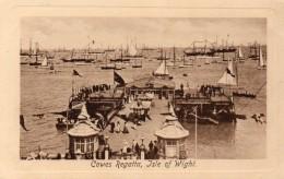 Postcard - Cowes Victoria Pier & Regatta, Isle Of Wight. 50797B - Cowes