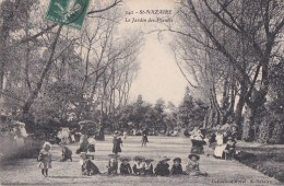 44 SAINT NAZAIRE  Le JARDIN Des PLANTES  ENFANTS  Nounous Et Bébés En Promenade Timbré - Saint Nazaire