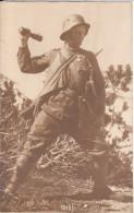 2 Fotos  - Soldat Mit Panzerfaust - 1914-18