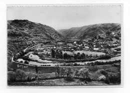La Vallée De PORT-DIEU Et Le Village De TRAPPE Avant Le Lac Du Barrage De Bort.  Edit Sully N° 6 Postée 1956 - France
