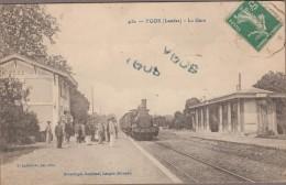 40-YGOS-La Gare   Animé  Train... - Francia