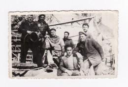 SCAPHANDRIER Et Son équipe, Photographie Dentelée Format 10.7 X 6.5 - Guerra, Militares