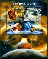 5 SHEETS COLLECTION ECLIPSES ECLIPE SPACE ESPACE ESPACIO - Space