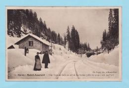 De MOREZ à SAINT LAURENT -- Une Gare En Forêt Au Col De La Savine - Morez