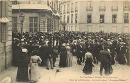"""- Ref- L67- Loire Atlantique -  Nantes - Fete Dieu - 14 Juin 1903 - Place De La Prefecture """" Conspuez Helias """" - - Nantes"""