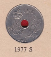 Denmark, 25 Øre, 1977 S ♥ B.  Copper-Nickel   KM 861,1 - Denmark