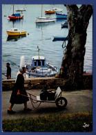 29 COMBRIT STE-MARINE Ambiance Du Port Bigouden ; Chalutiers, Yachts, Canots, Bigoudenne - Animée - Combrit Ste-Marine