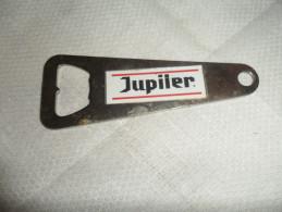 ANCIEN DECAPSULEUR  BIERE JUPILER - Tire-Bouchons/Décapsuleurs