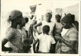 BURUNDI  BUTARA   Photocard  Paroisse De Butara  Girls - Burundi