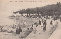 ROYAN UN COIN DE LA PLAGE VERS LE SQUARE BOTTON - Royan