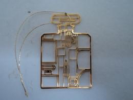 CHANEL  BIJOU DE SAC Ou DE MOBILE  Ou à METTRE SUR CHAINE  LIRE ET VOIR !! - Miniatures Modernes (à Partir De 1961)