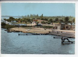 REF 246  : CPSM 71 CRECHES SUR SAONE Piscine Camping - Other Municipalities
