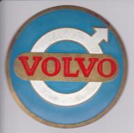 VOLVO - CHAPA METALICA ESMALTADA DE COCHE - AÑ0 1950/60 - DIAMETRO 7,5 CMS - Automotive