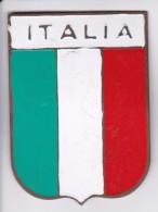 ESCUDO DE ITALIA - ITALY - CHAPA METALICA ESMALTADA DE COCHE - AÑ0 1950/60 - DIAMETRO 7,5 CMS - Automóviles