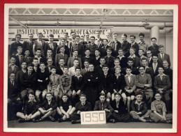 59. Armentières. Photo Institut Syndical Professionnel. Elèves, Enseignants Et Curé. 1950 - Métiers