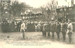 CPA    Metz  Fetes Président 8 Décembre 1918   Pétain , Joffre , Foch  (animée)       2251 - France