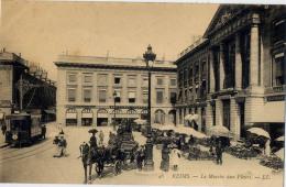 51 REIMS MARCHE AUX FLEURS 46 TRAMWAY - Reims