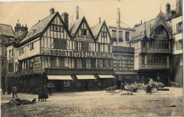 51 REIMS PLACE DU MARCHE 74 BISCUITS FOSSIER - Reims
