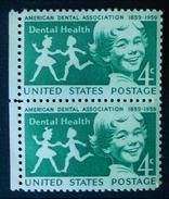 JEUNESSE AUX DENTS SAINES 1959 - PAIRE NEUVE ** - YT 674 - MI 761 - BORD DE FEUILLE - United States