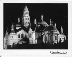 Format CPSM 24 Perigueux ,la Cathédrale Saint Front - Advertising